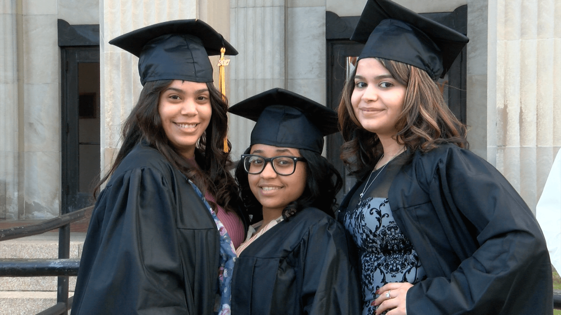 2017 graduates 3 female students